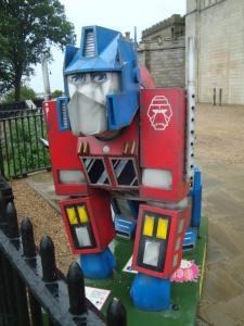 Go Go Gorilla - Optimus Prime