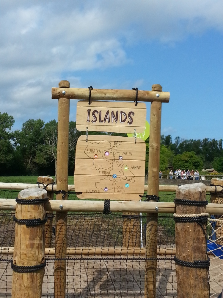 Islands at Chester Zoo (2/4)