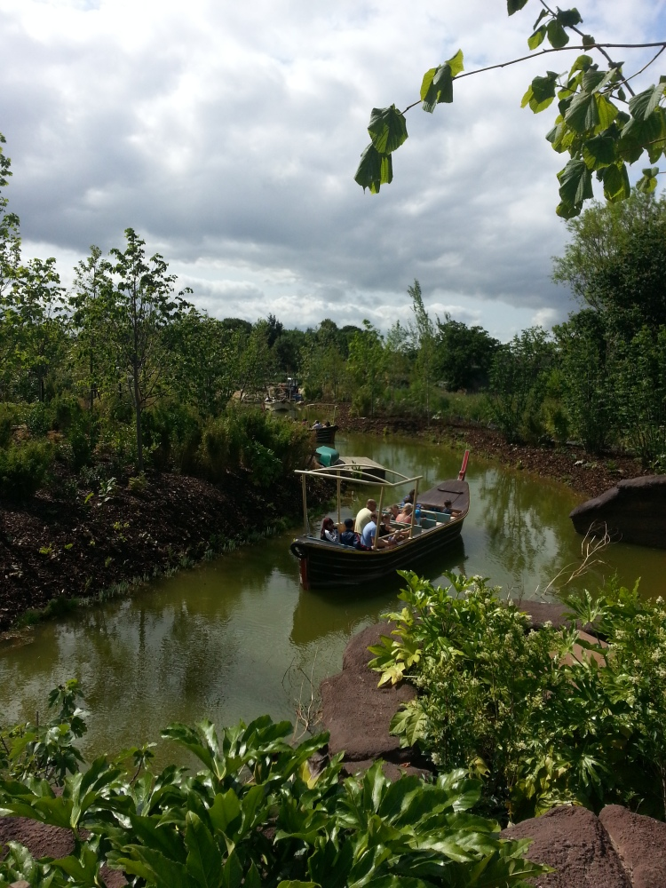 Islands at Chester Zoo (3/4)