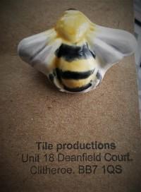 Bee Tile (2)