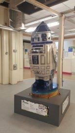 R2 Tweet2